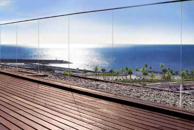 Exclusive apartments with sea view only 30 minutes from Barcelona